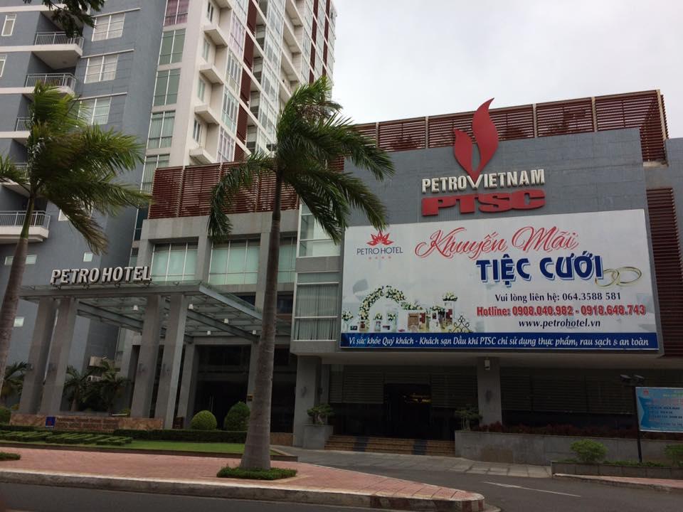 Giặt thảm trải sàn khách sạn Petro – TP Vũng Tàu