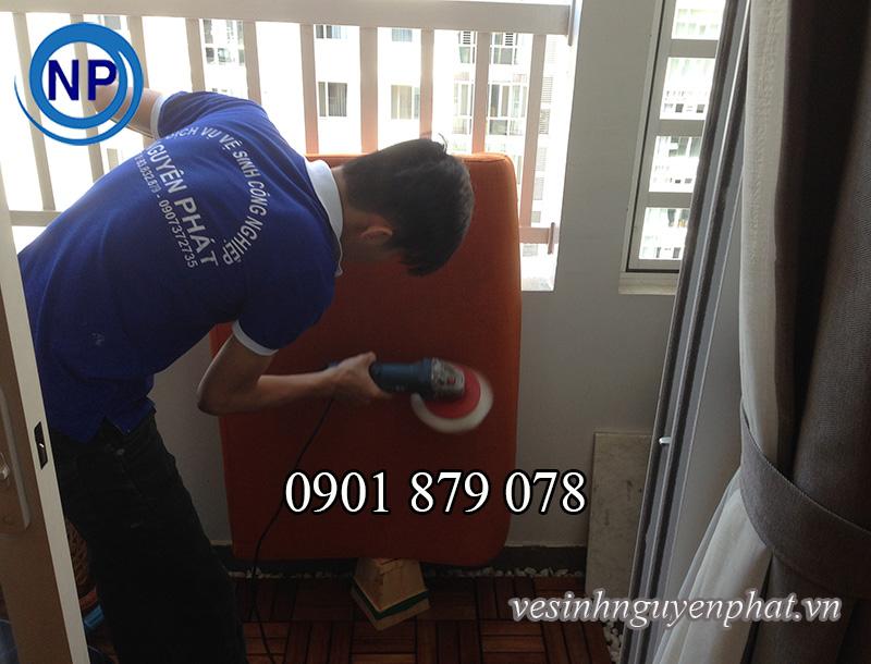 Giặt ghế sofa tại nhà uy tín và chất lượng khu vực TP HCM