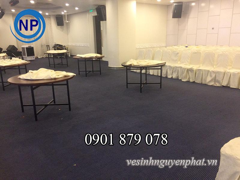 Giặt thảm nhà hàng tiệc cưới giá rẻ, chất lượng tại TP HCM