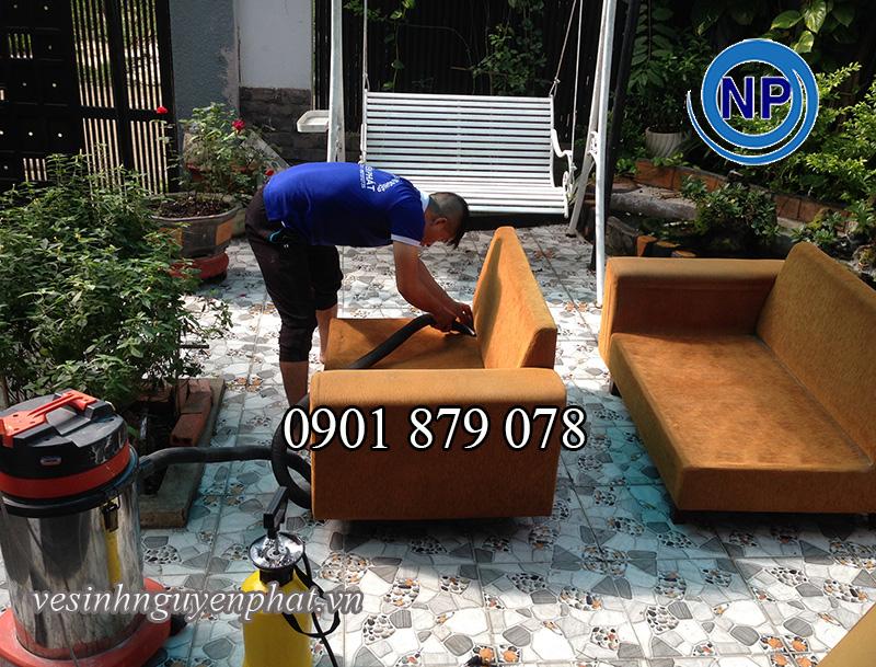 Dịch vụ giặt ghế sofa tại nhà khu vực TP HCM uy tín - Chuyên Nghiệp