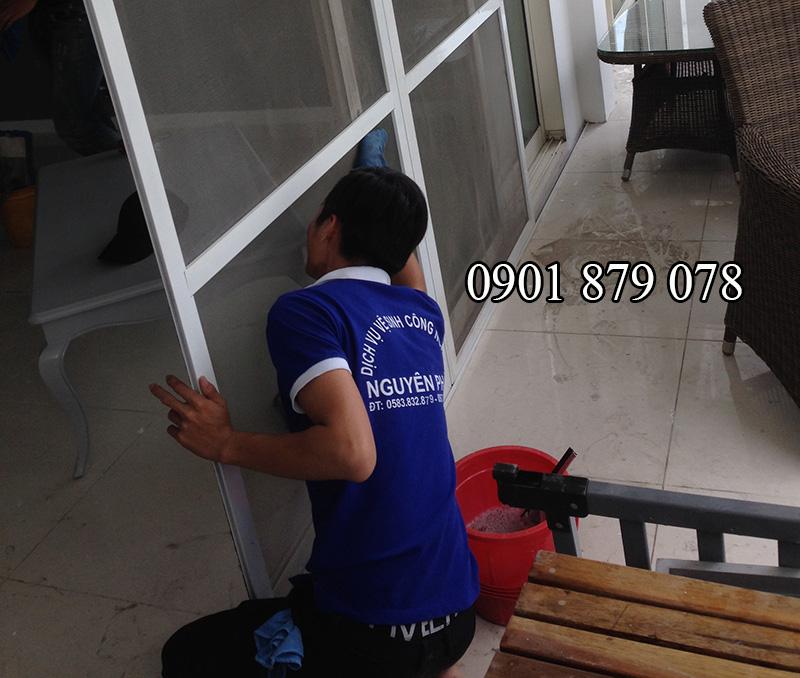 Dịch vụ vệ sinh sau xây dựng GIÁ RẺ – UY TÍN tại TP HCM