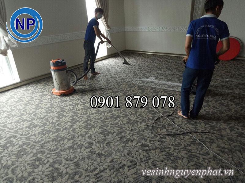 Dịch vụ giặt thảm trải sàn tại phòng GYM khu vực tphcm