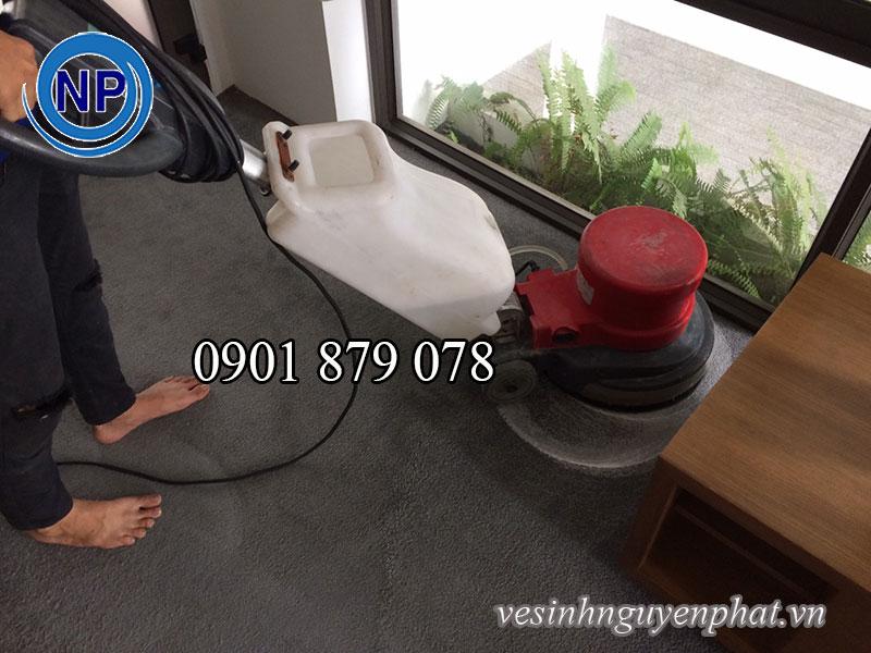 Dụng cụ giặt thảm và cách giặt thảm chuyên nghiệp 1