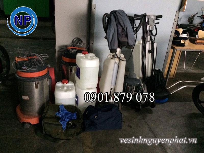 Dụng cụ giặt thảm và cách giặt thảm chuyên nghiệp