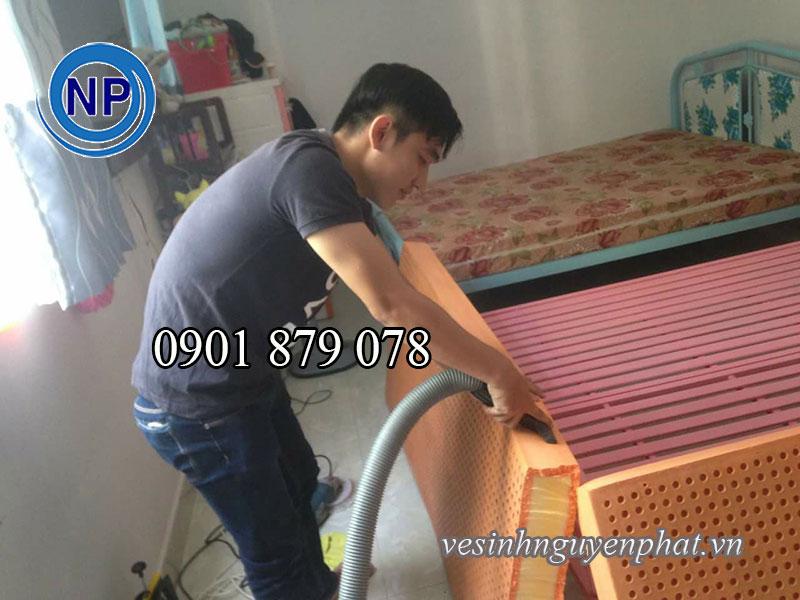 Báo giá dịch vụ giặt nệm tại nhà TPHCM 2