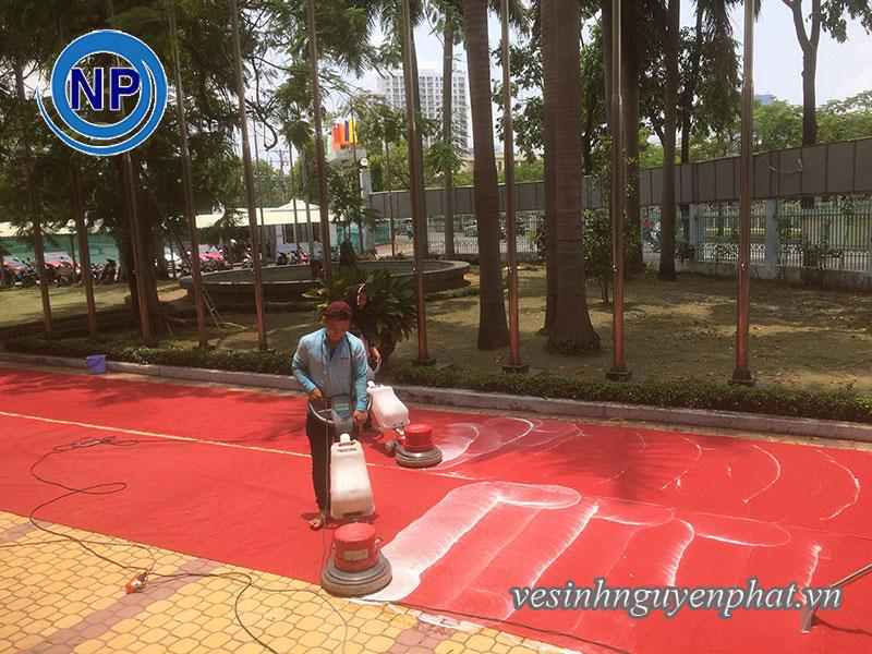 Giặt thảm tại nhà thi đấu Rạch Miễu - Phú Nhuận 2