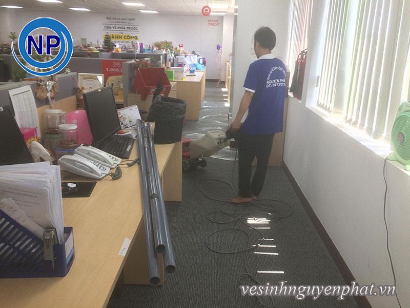 Giặt thảm tại văn phòng Home Credit Việt Nam