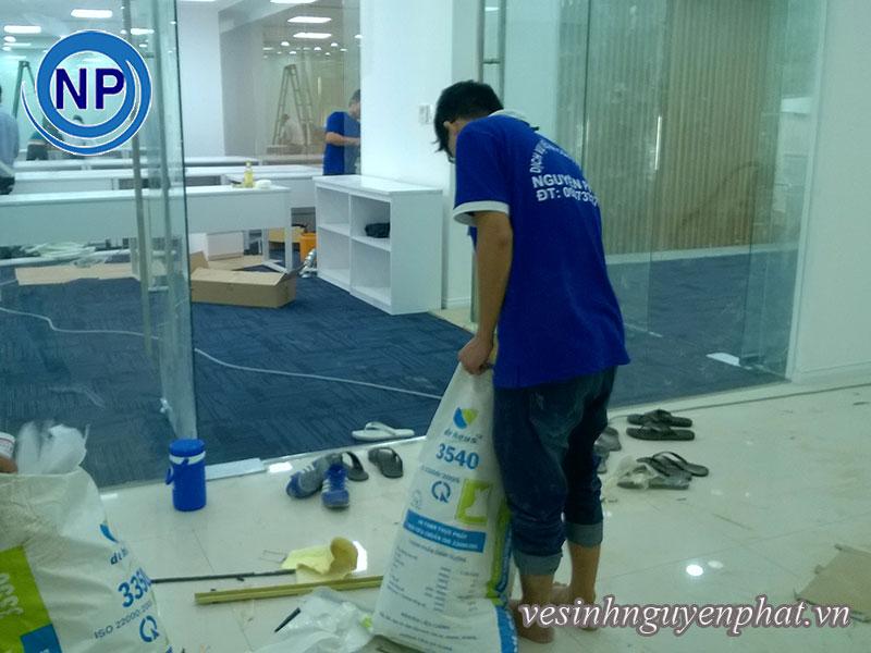 Dịch vụ vệ sinh công nghiệp uy tín tại TPHCM