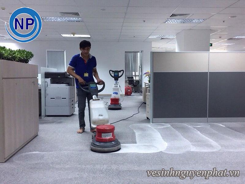 Giặt thảm tại sân bay Tân Sơn Nhất - Khu VIP A 1