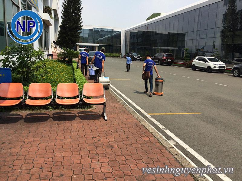 Giặt thảm tại sân bay Tân Sơn Nhất – Khu VIP A