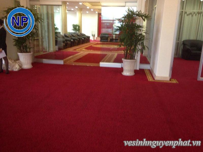 Giặt thảm tại sân bay Tân Sơn Nhất - Khu VIP A 4
