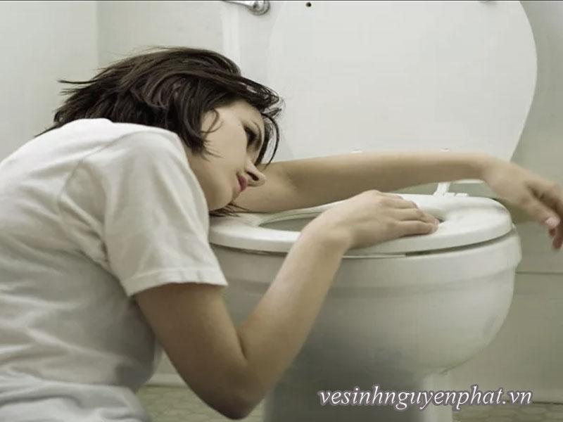 Cách vệ sinh nhà vệ sinh sạch nhất nhưng ít tốn công nhất