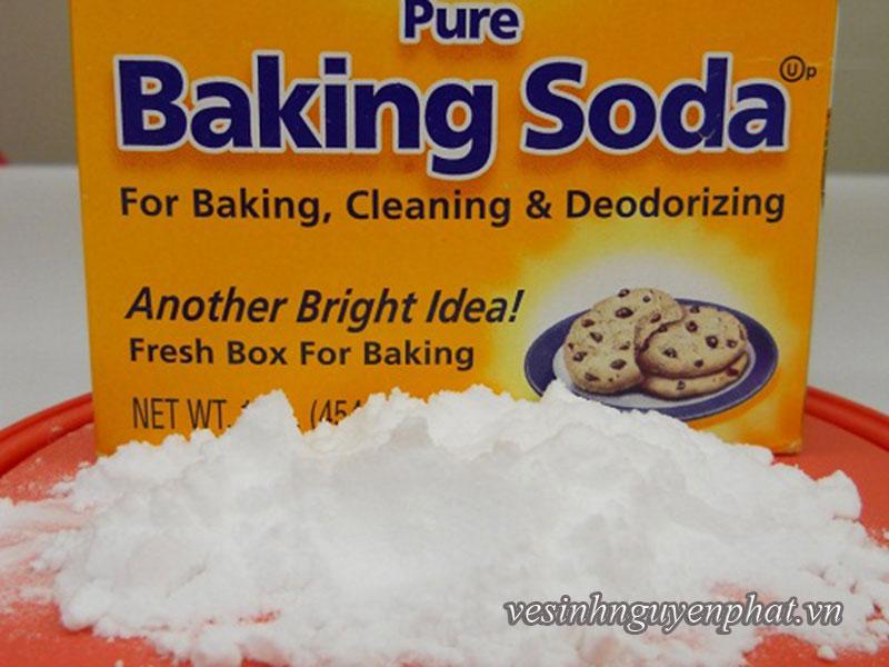 Mẹo vệ sinh và làm sạch vết cháy trên mặt đế bàn ủi 2