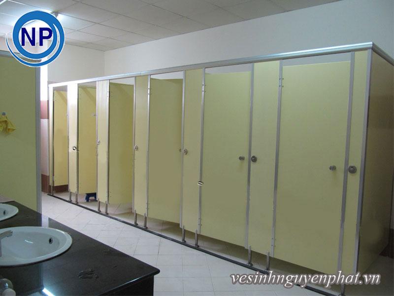 Những quy tắc sử dụng nhà vệ sinh công cộng nên biết