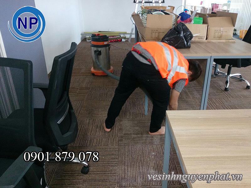 Quy trình giặt thảm công nghiệp chuyên nghiệp