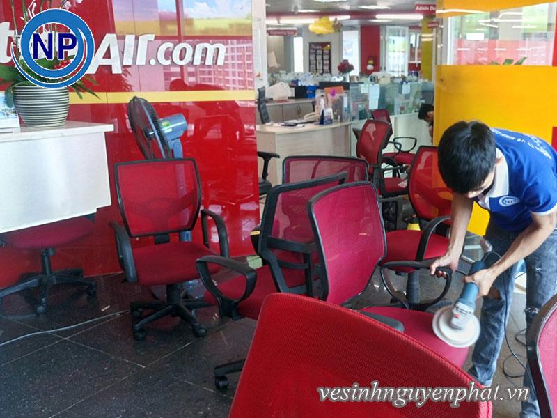 Giặt ghế văn phòng tại VietJet Air 2