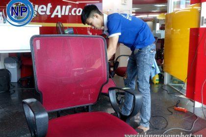 Giặt ghế văn phòng cho công ty VietJet Air