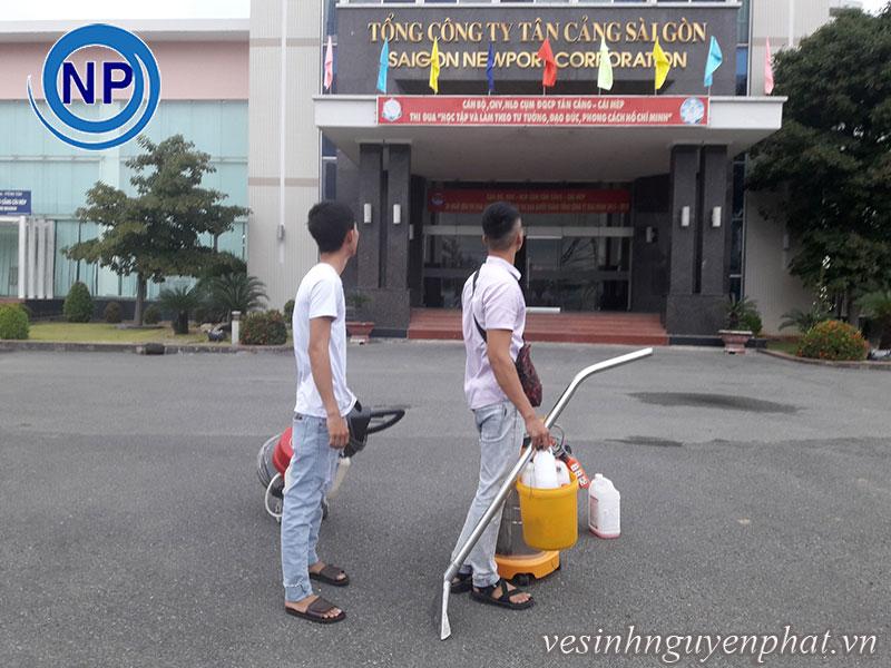 Giặt thảm văn phòng tại Tổng Công Ty Tân Cảng Sài Gòn 4